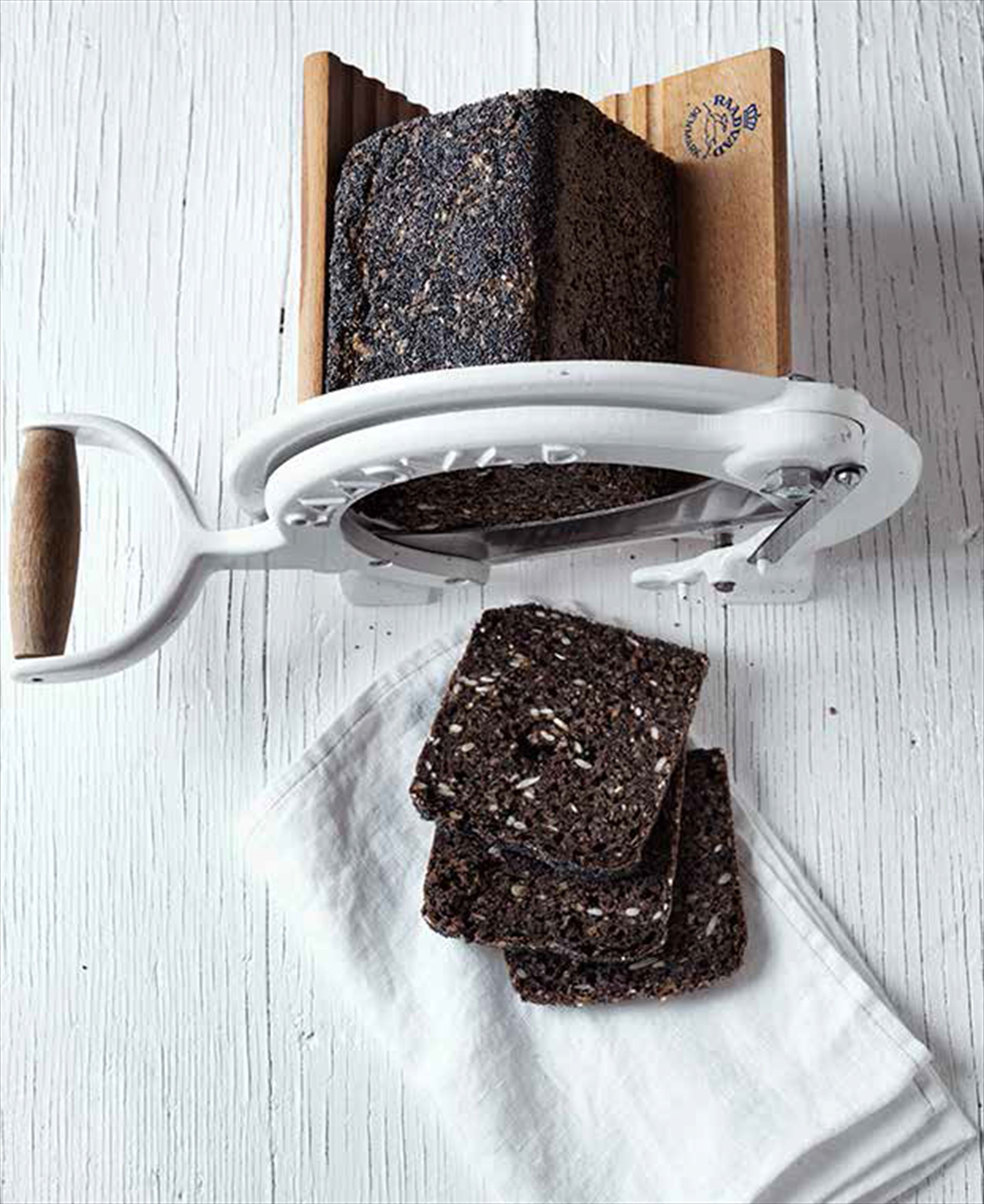 Malted rye bread with mixed seeds
