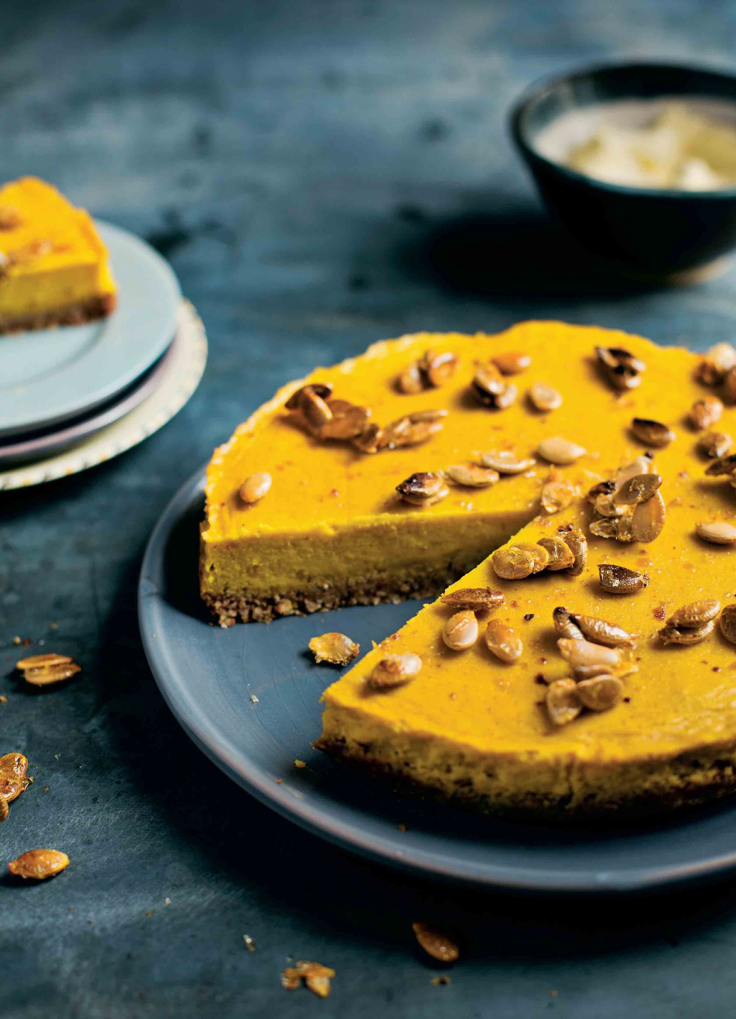 Pumpkin pie with cardamom and maple syrup