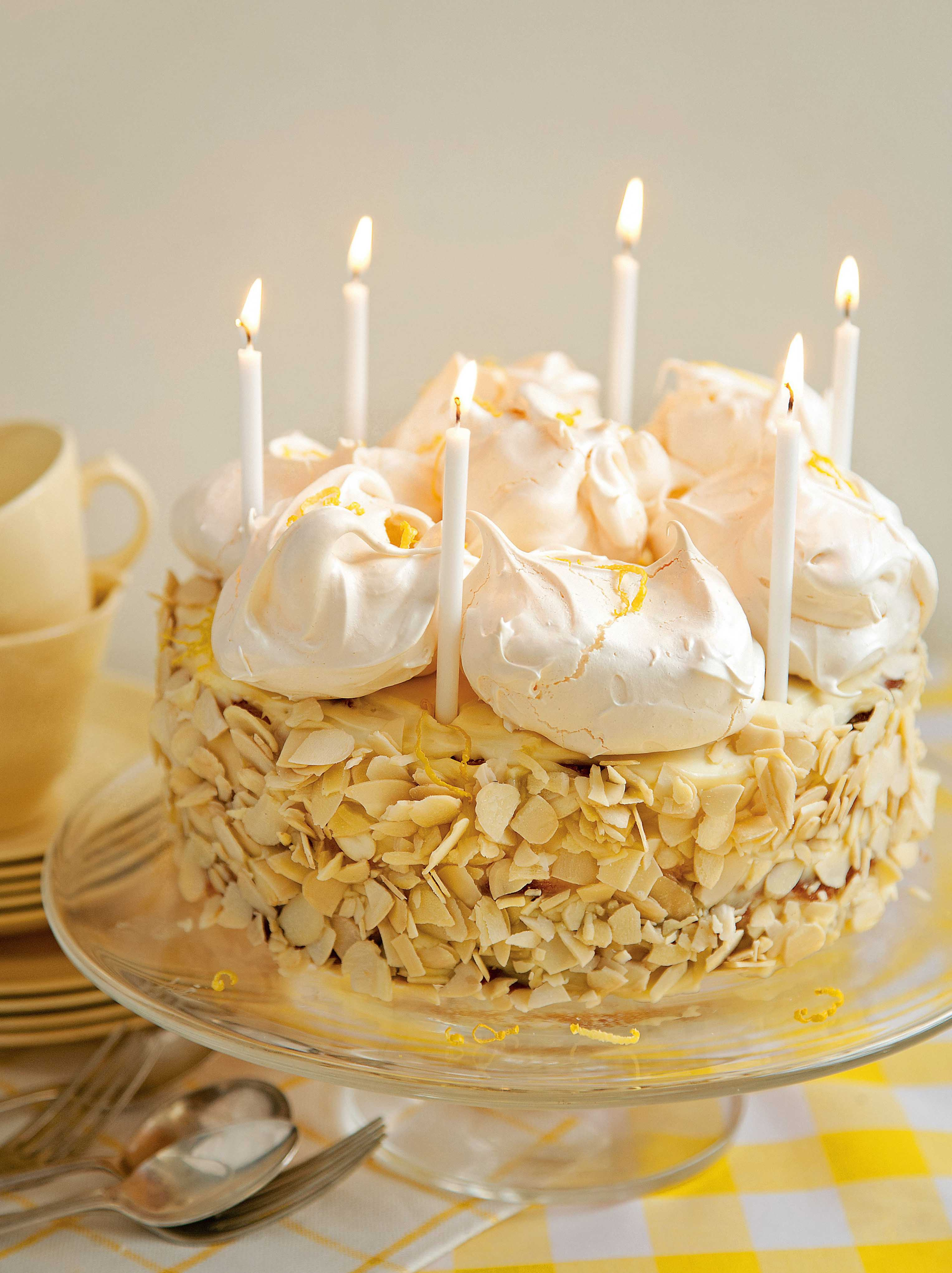 Very lemony meringue cake