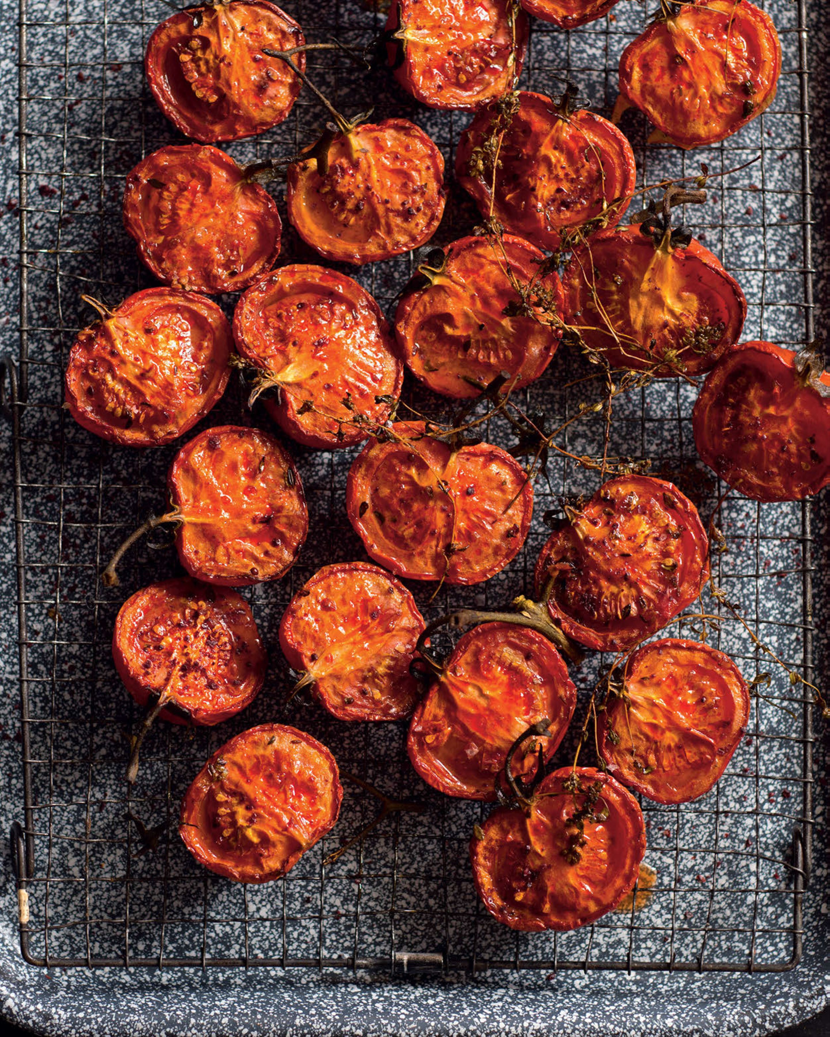 Slow-roasted tomatoes with pomegranate & thyme