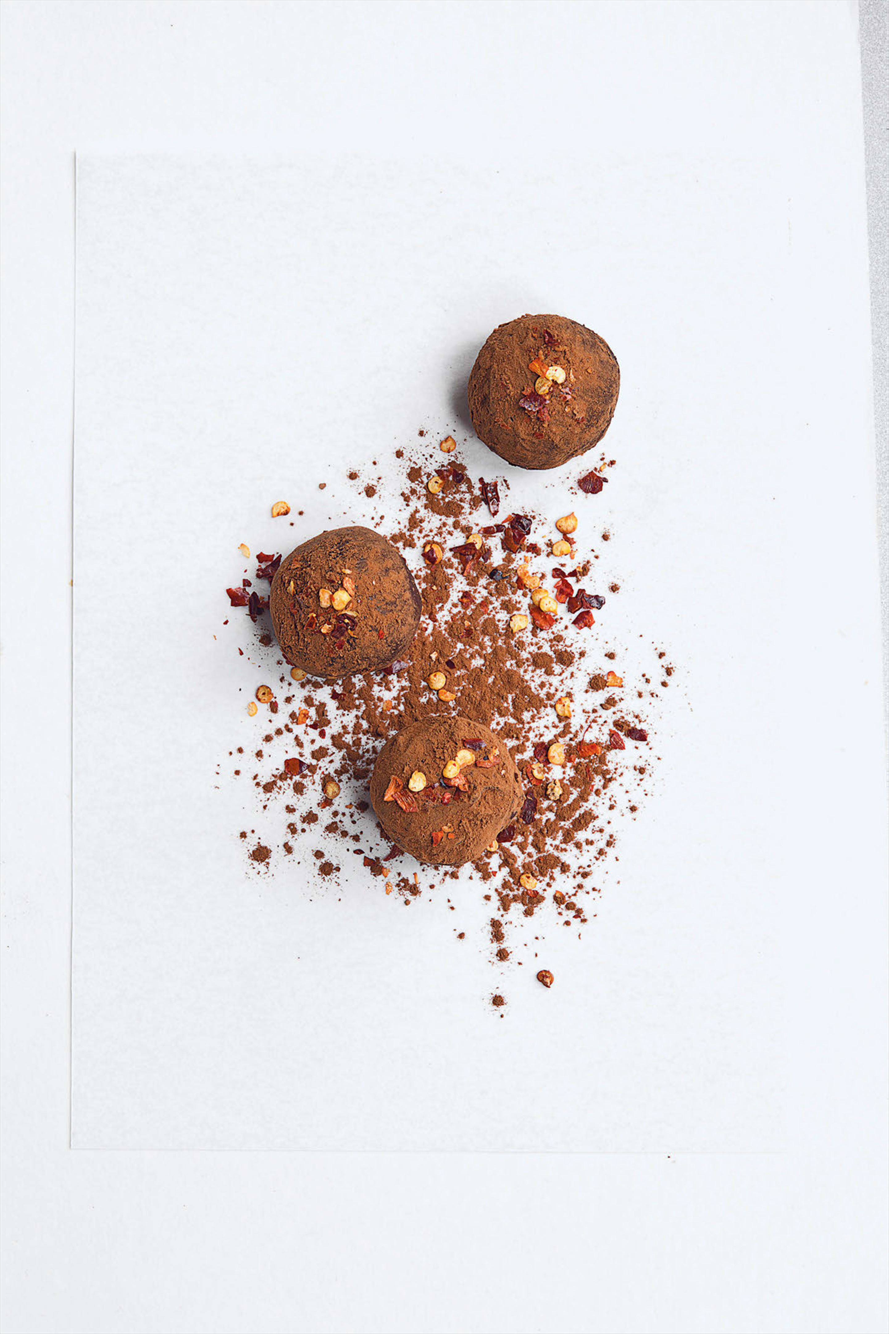 Chilli and cinnamon truffles