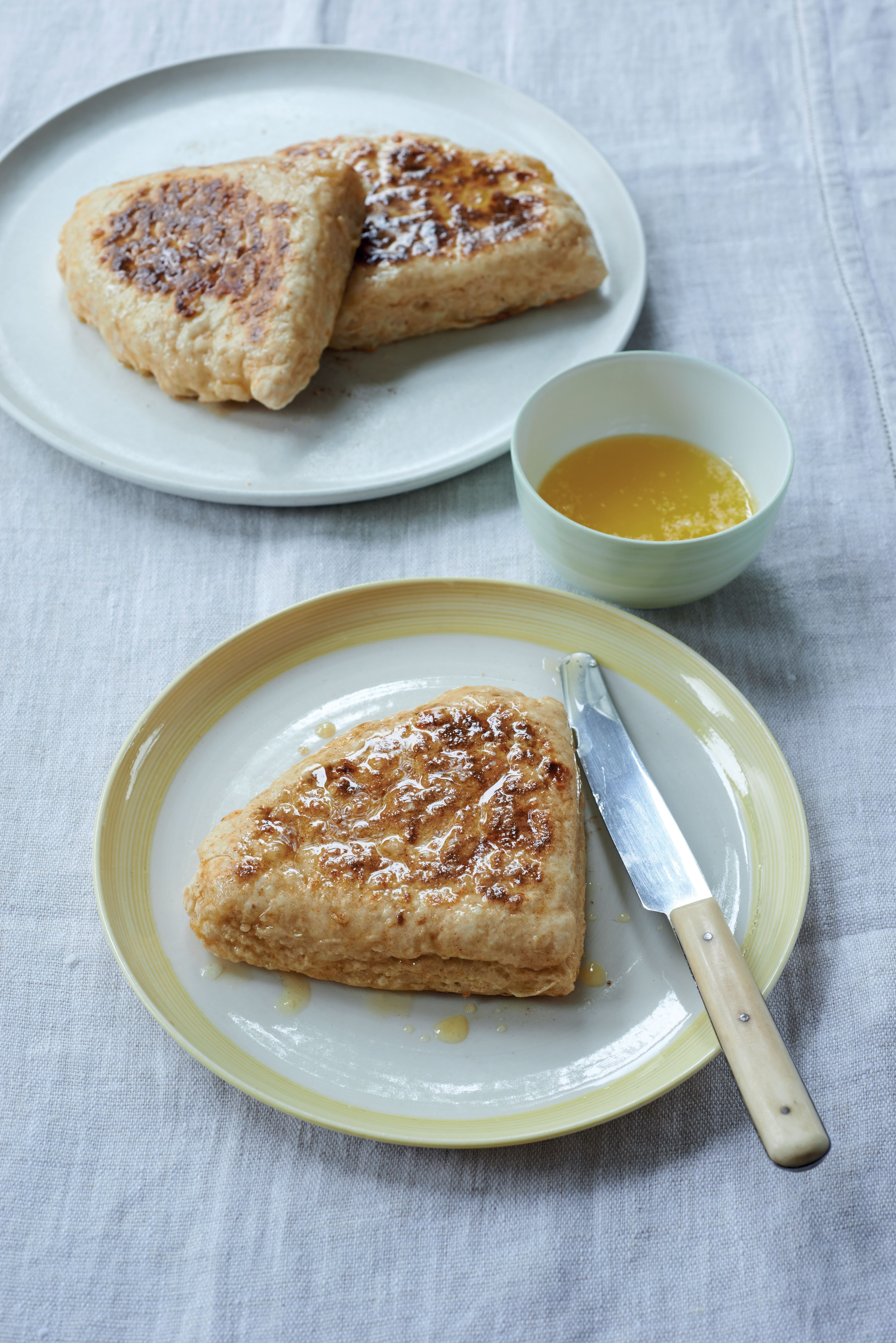 Cheesy soda farls