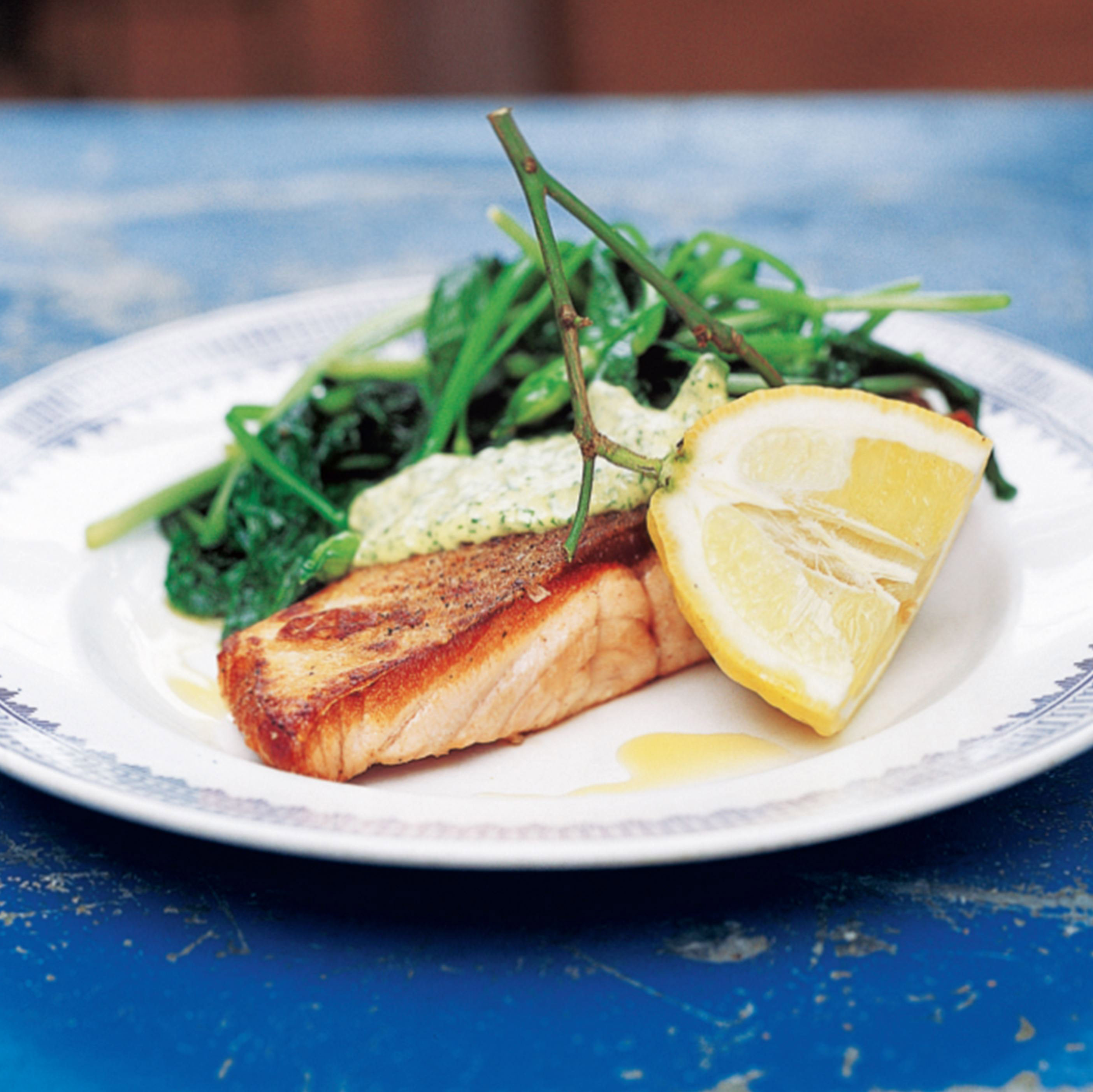 Pan-fried salmon with wild garlic