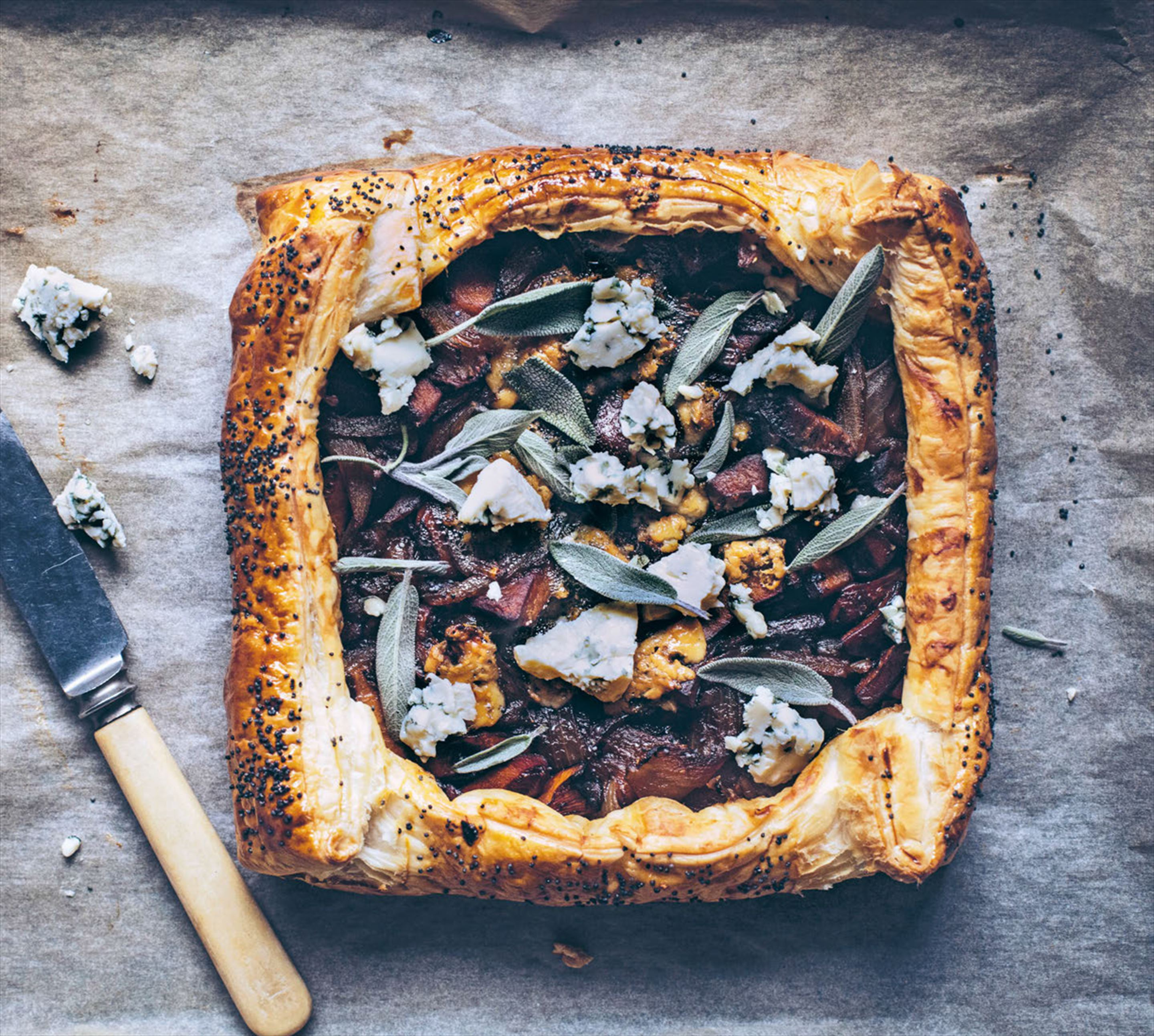 Kate's magical forest mushroom & onion pie