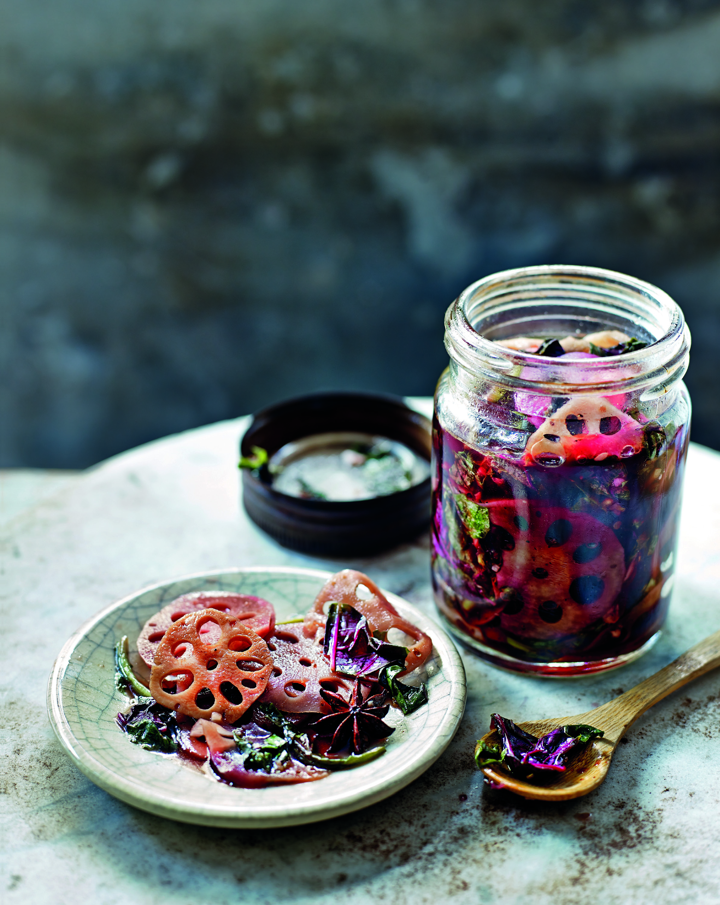 Pickled lotus root and spinach