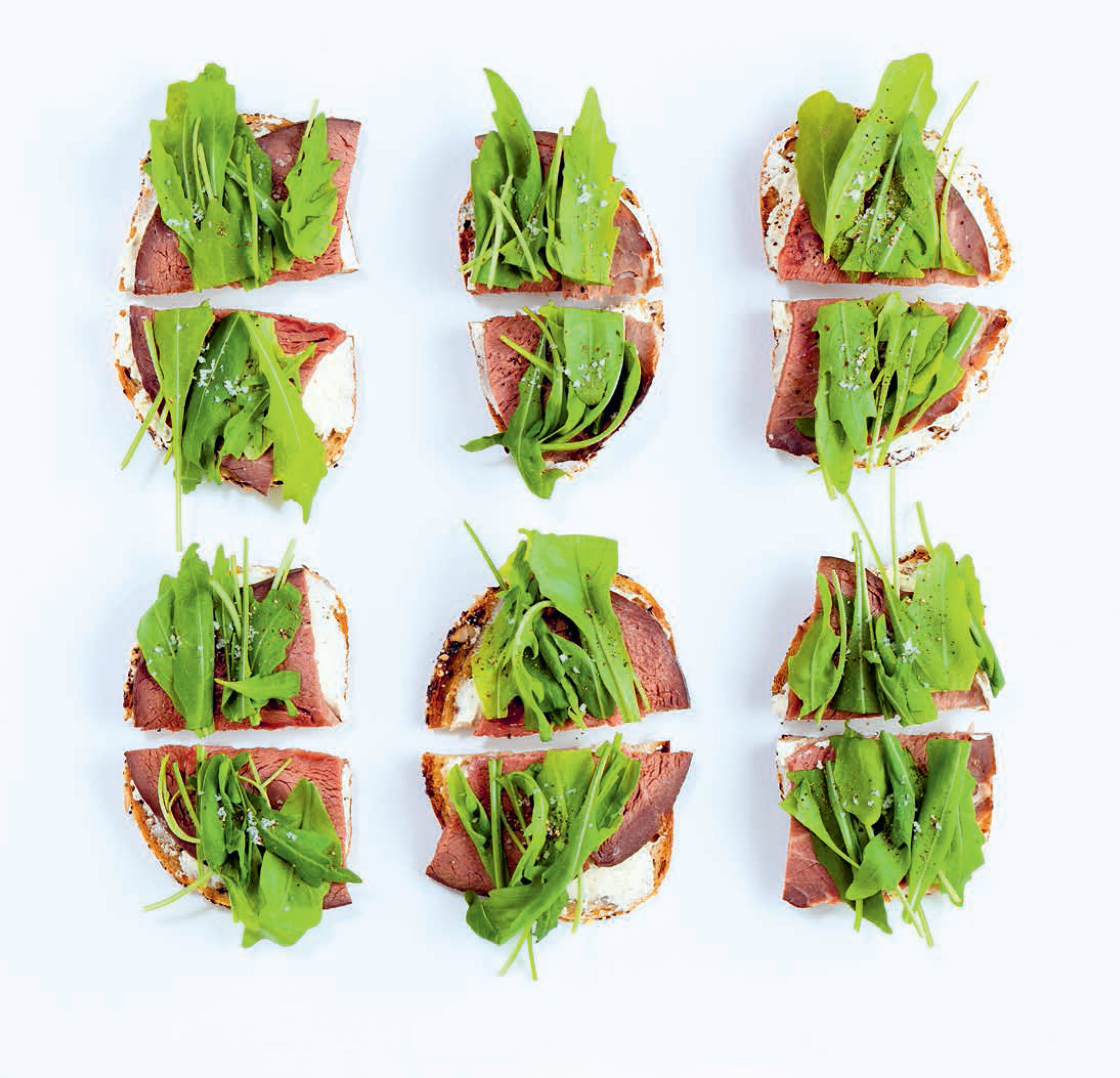 Roast beef with blue cheese & rocket