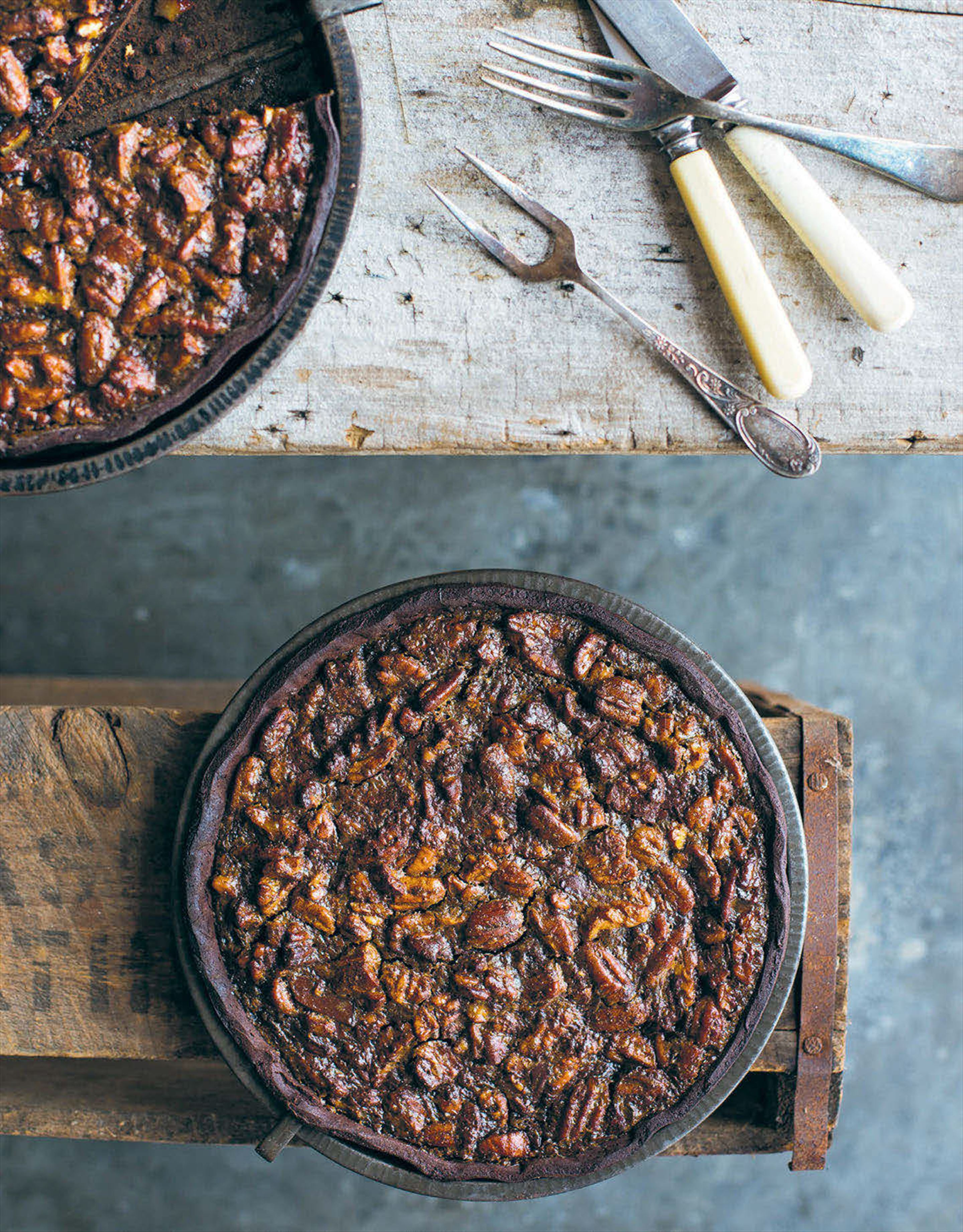 Golden syrup and chocolate pecan pies