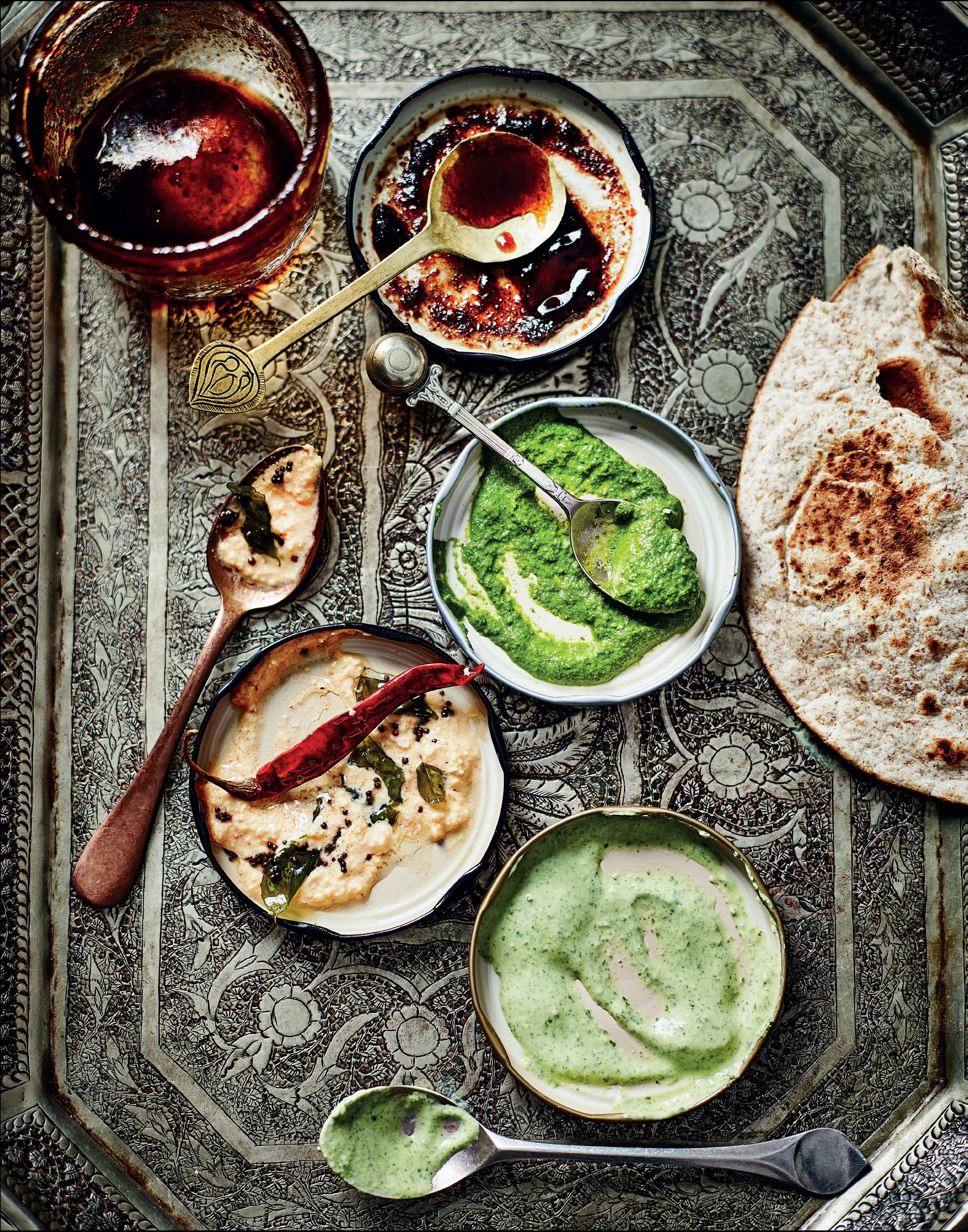 Minted yogurt chutney