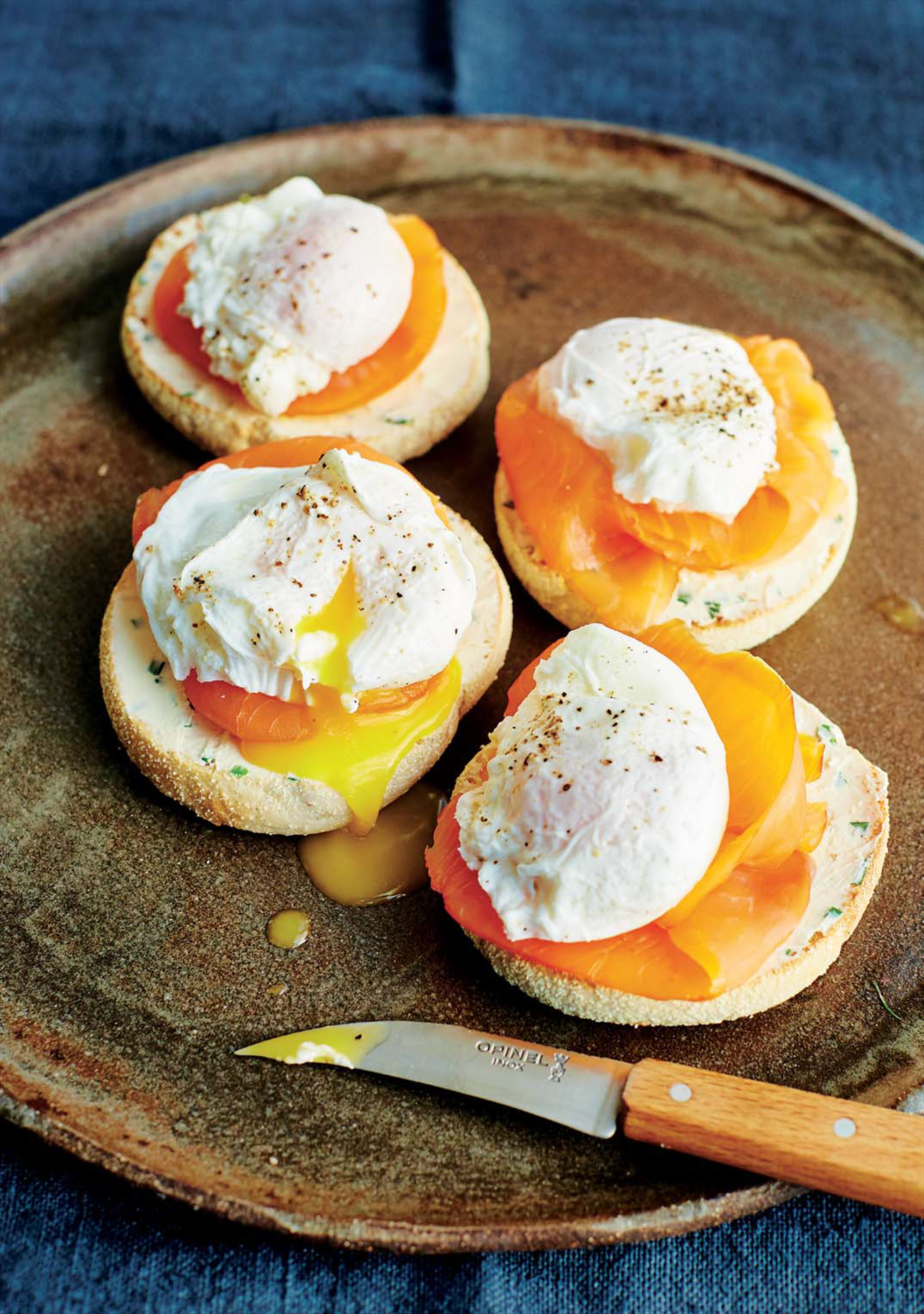 Smoked salmon, poached eggs and buttered muffins
