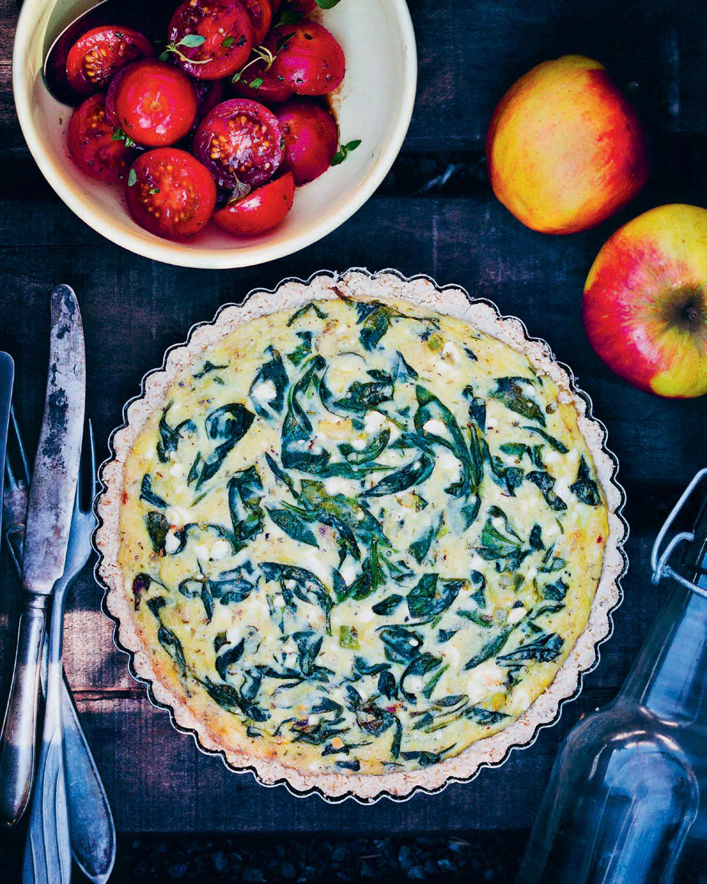 Spinach and feta quiche with oat crust