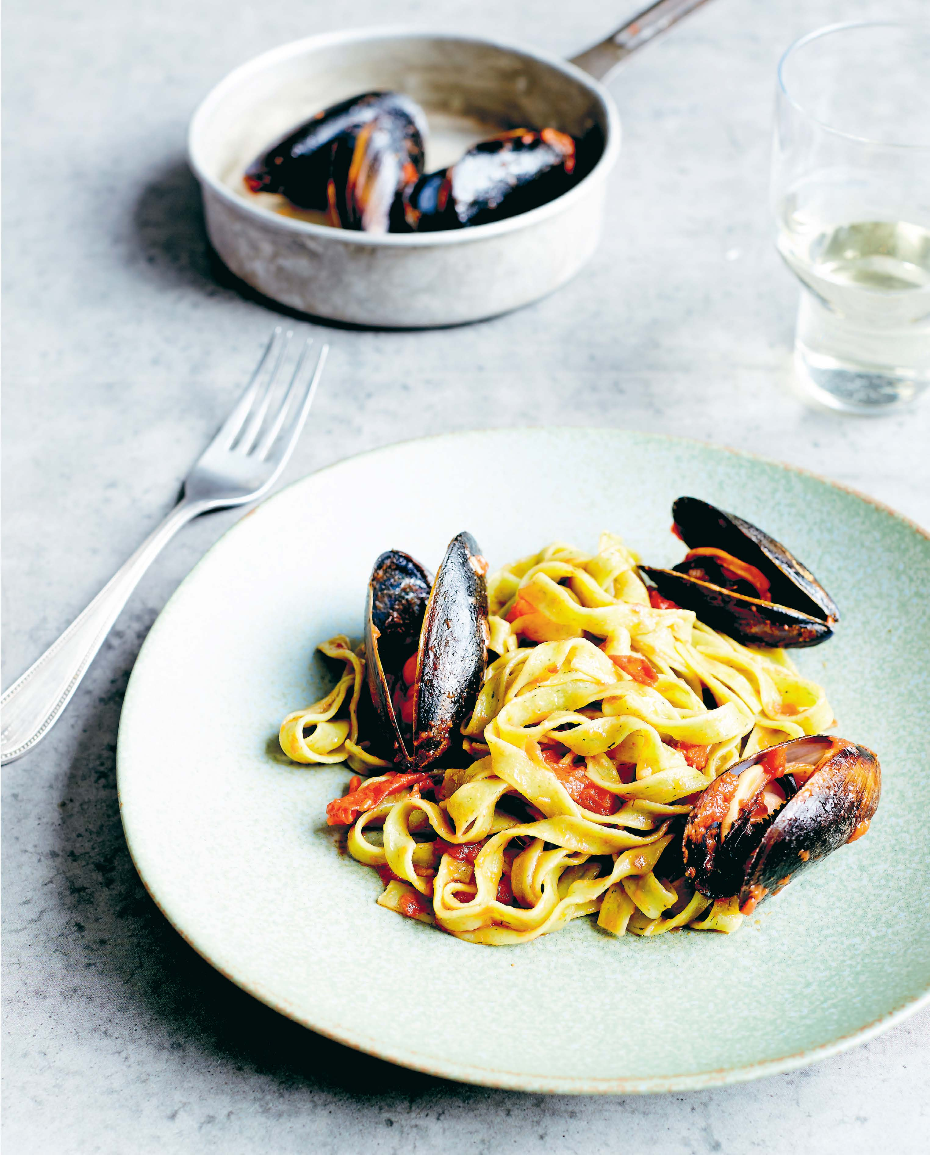 Mussel pasta with Dalmatian tomato sauce