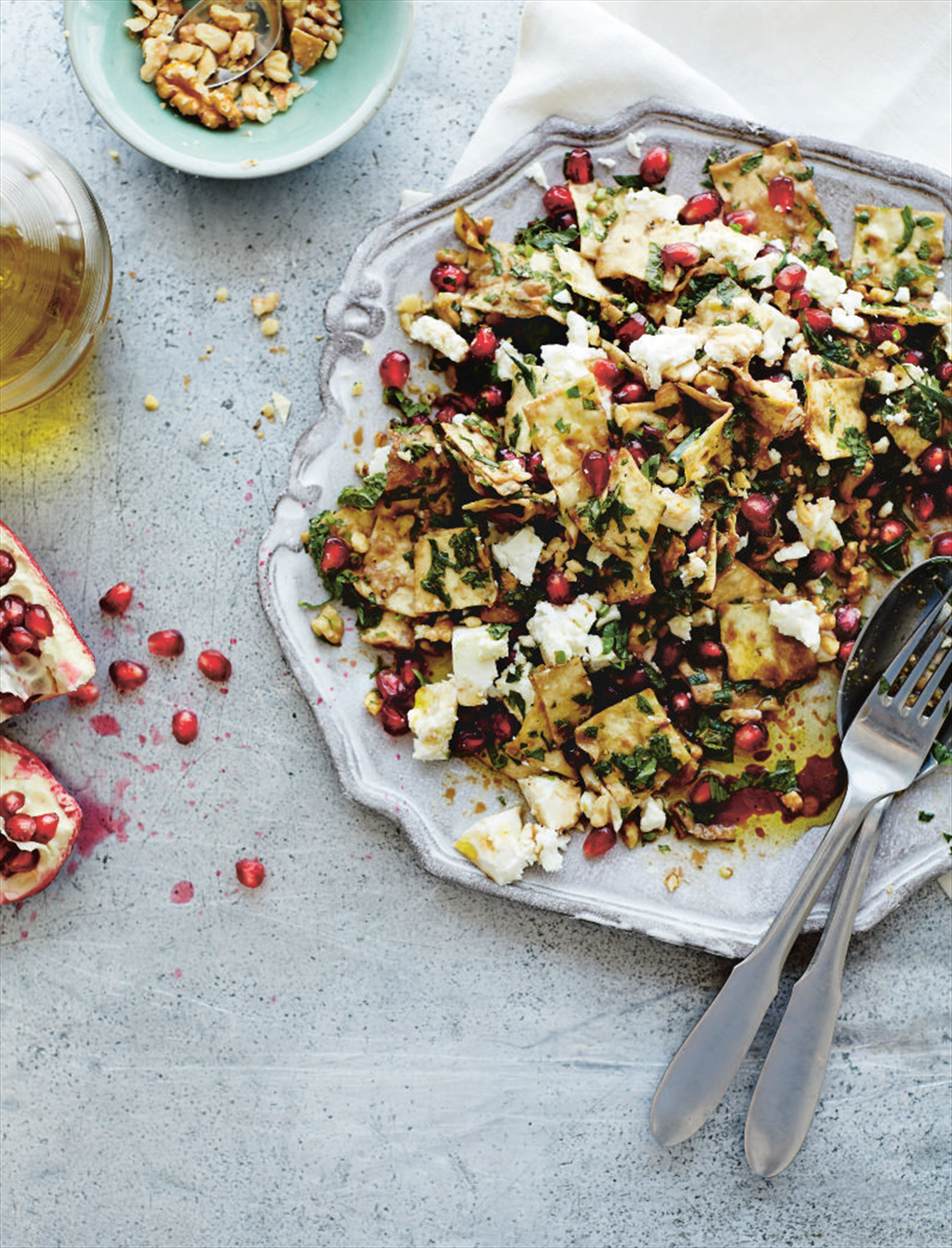 Fragrant mixed herb and flatbread salad