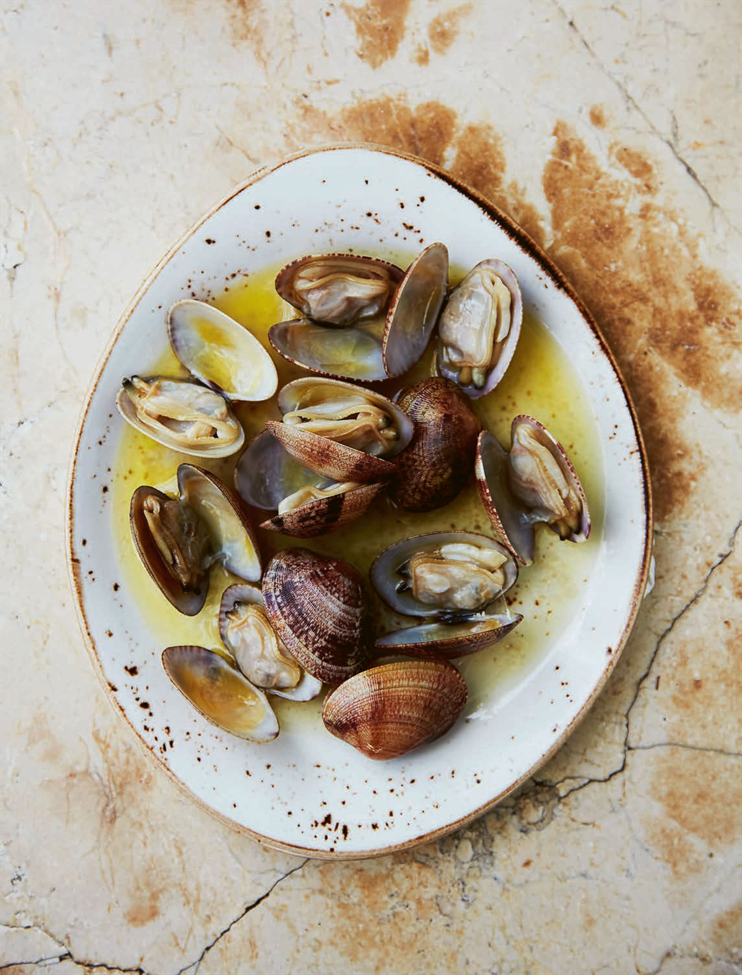 Clams 'a la plancha' with olive oil
