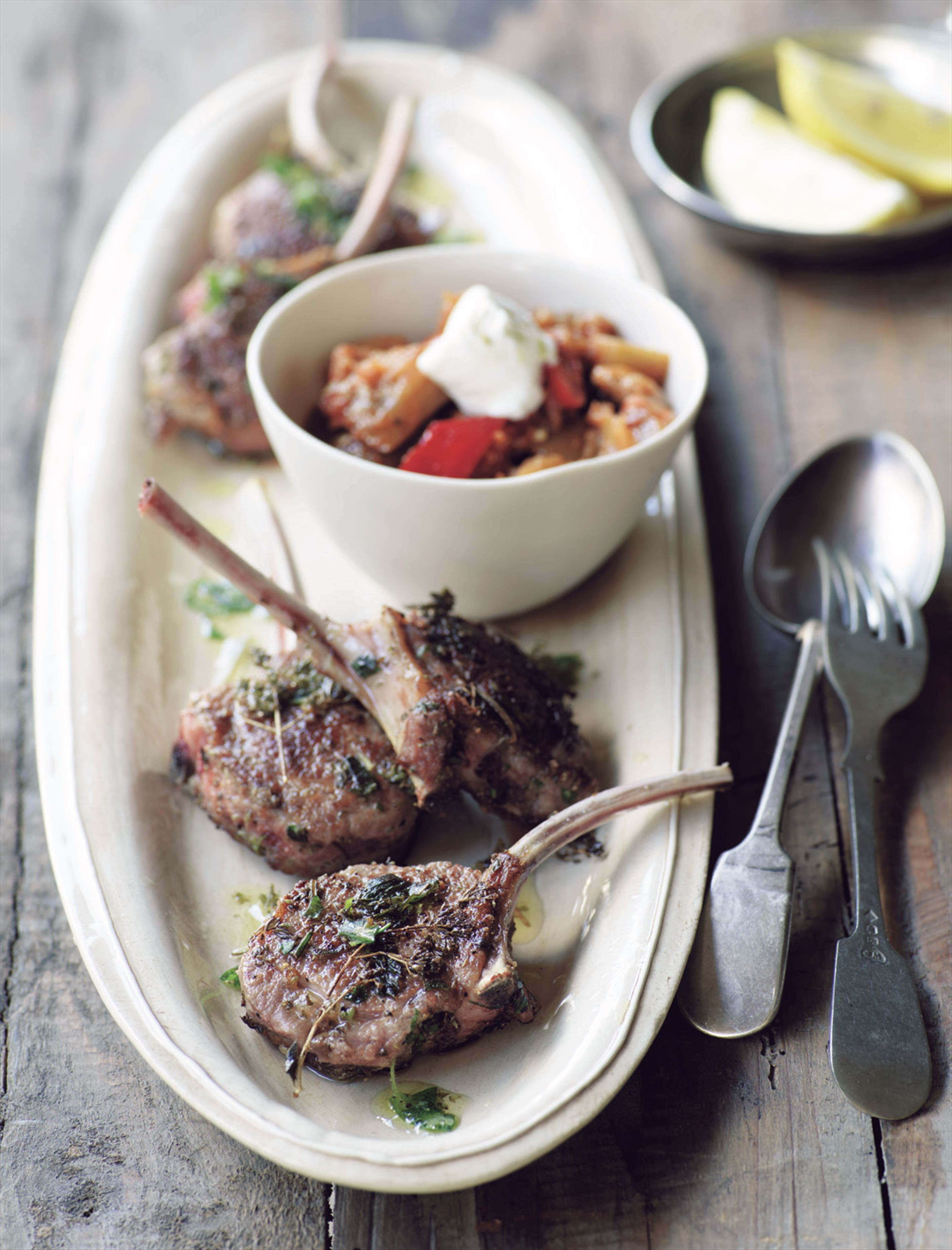 Grilled lamb cutlets with mountain herbs