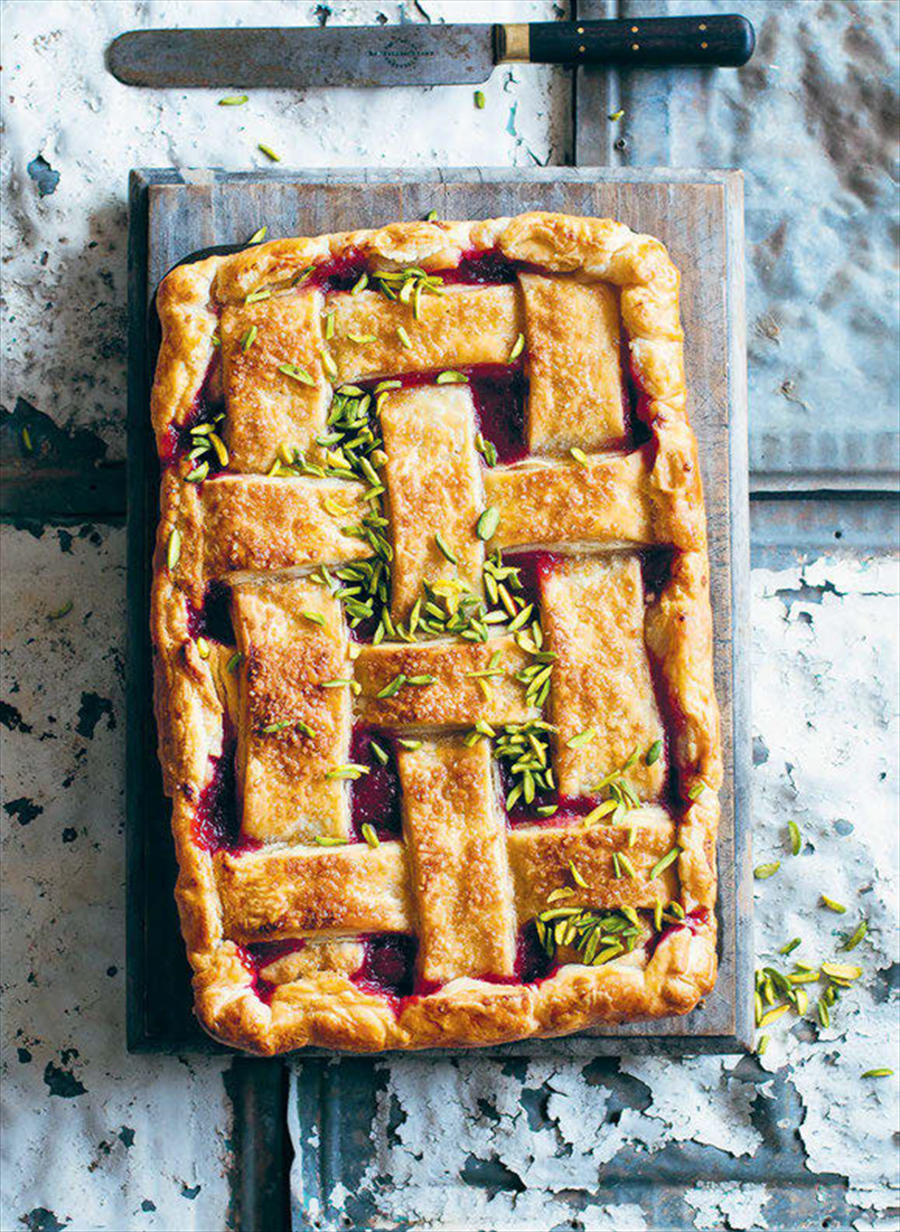 Rhubarb, orange and pistachio pie