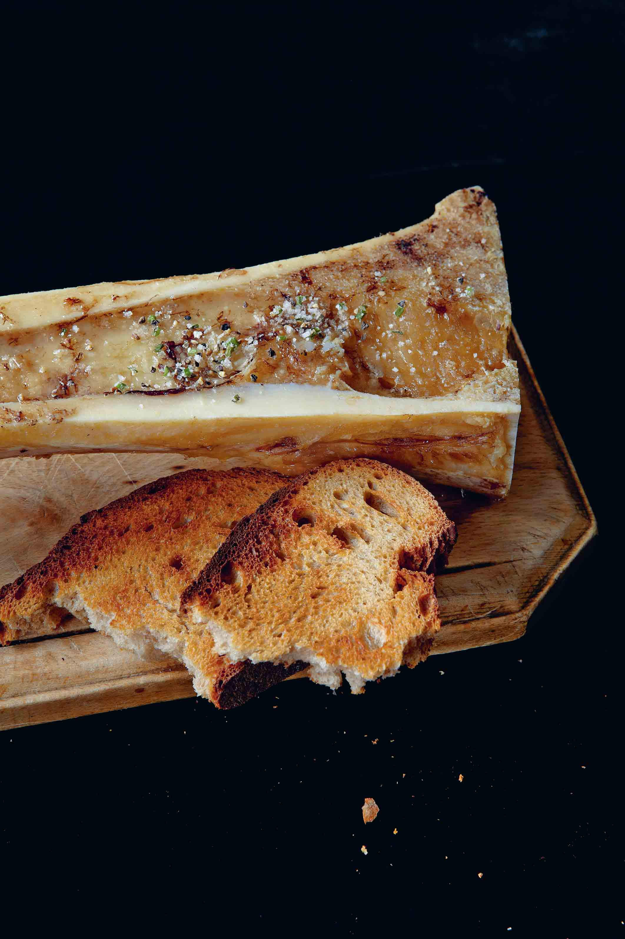 Grilled marrow bone