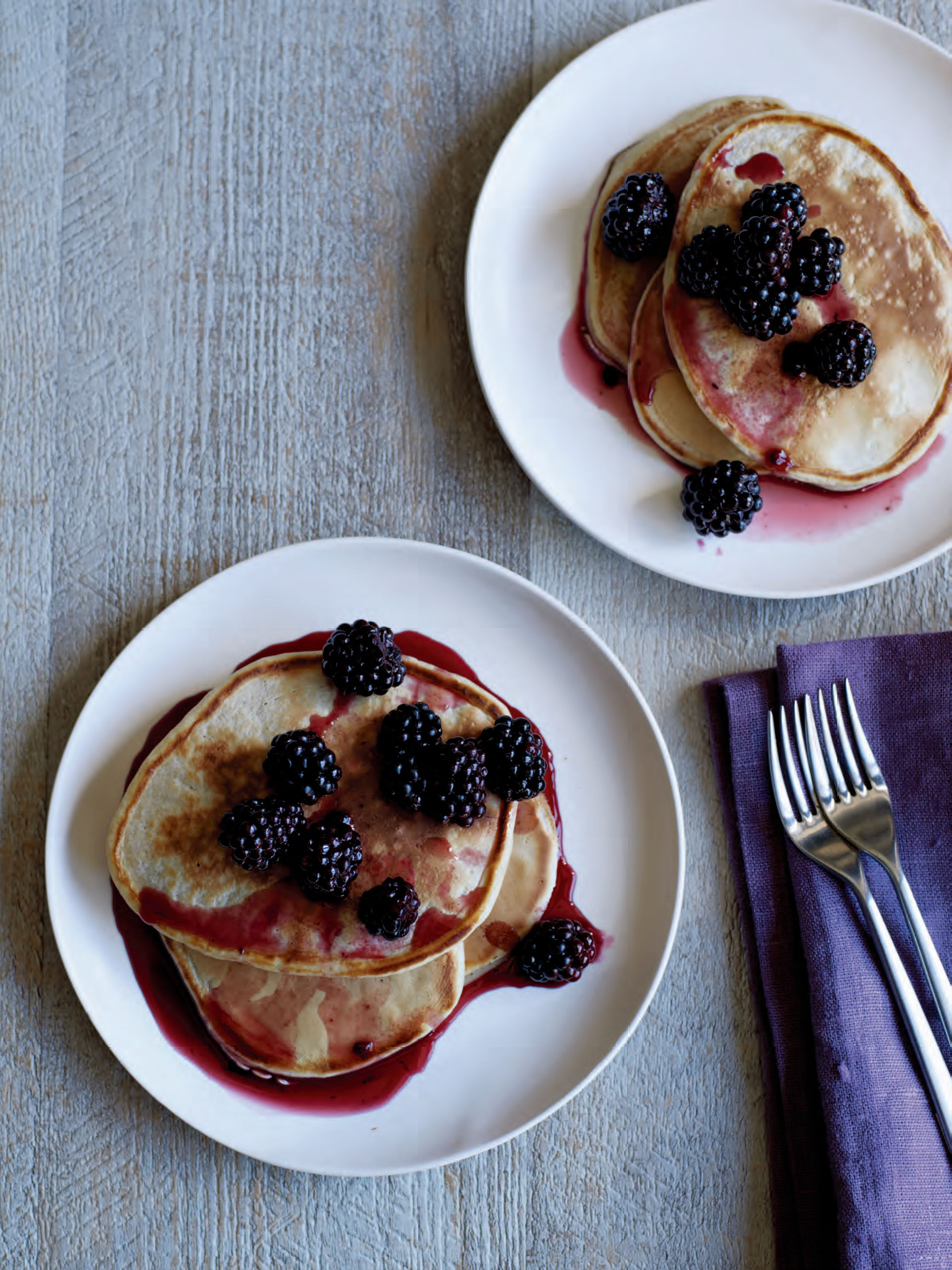 Blackberry & maple syrup pancakes