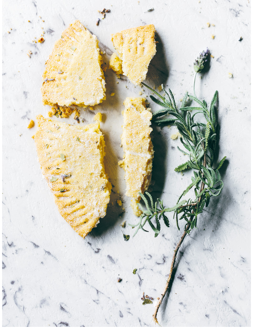 Lavender and bay leaf shortbread