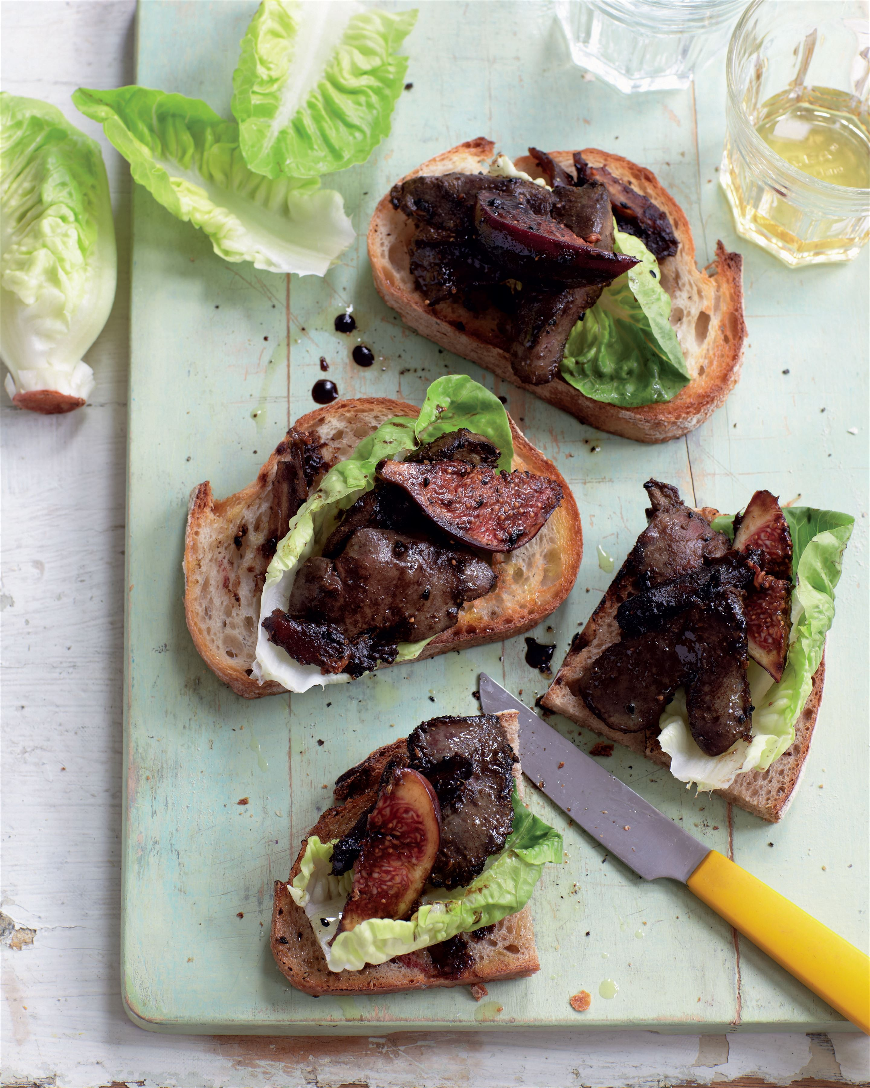 Sticky chicken livers on toast