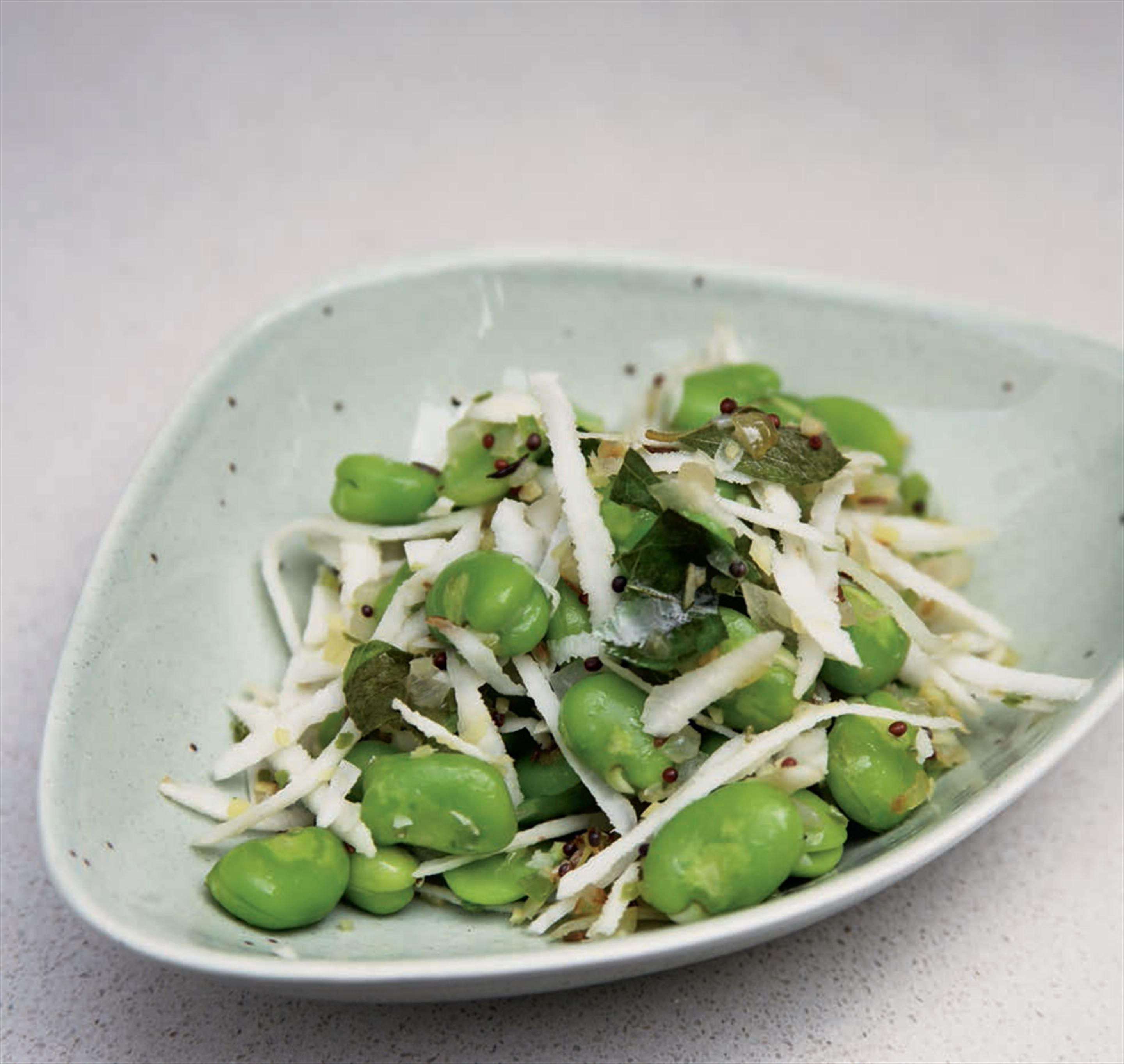 Broad bean thoran