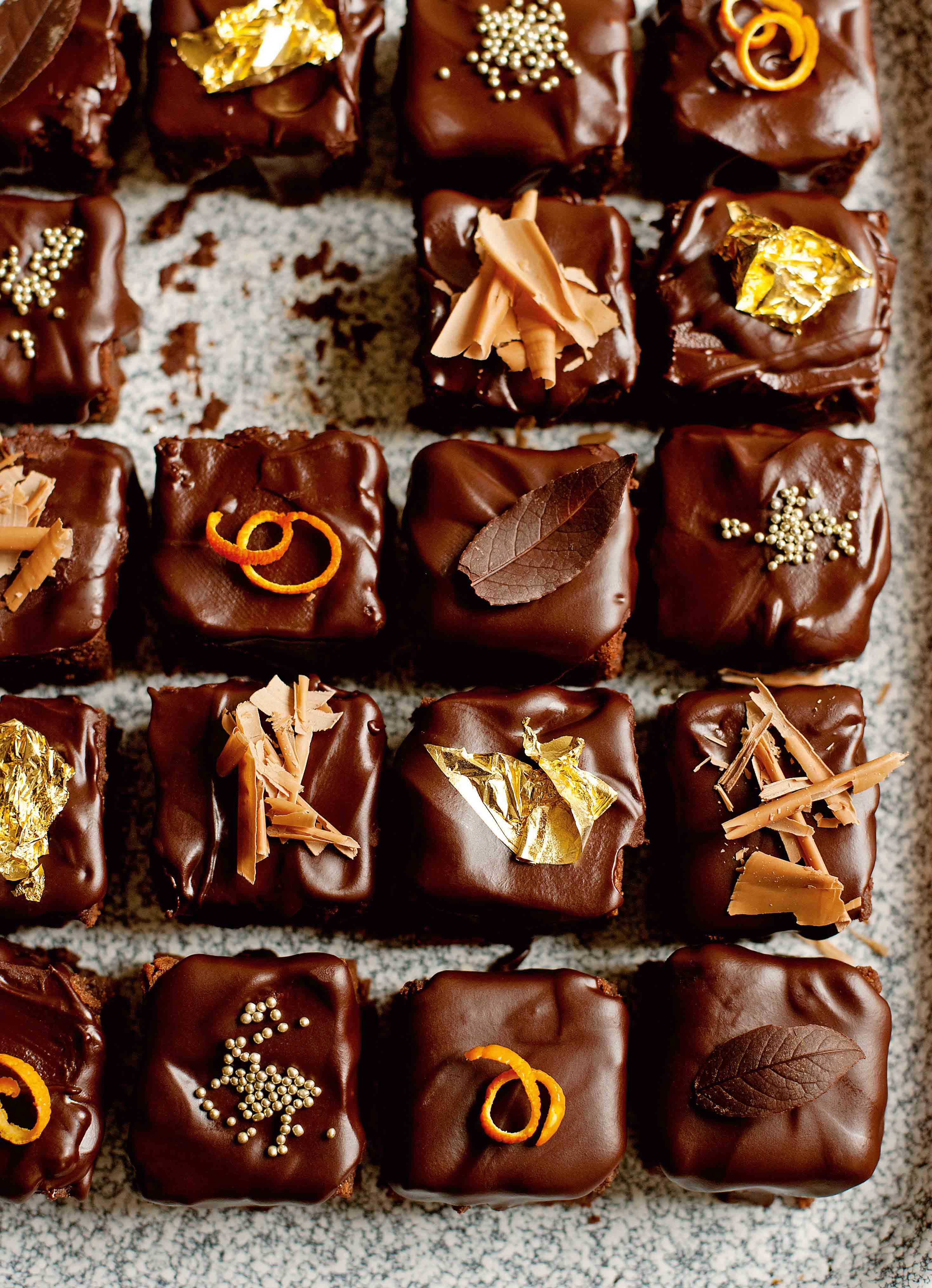 Glazed chocolate-orange cubes