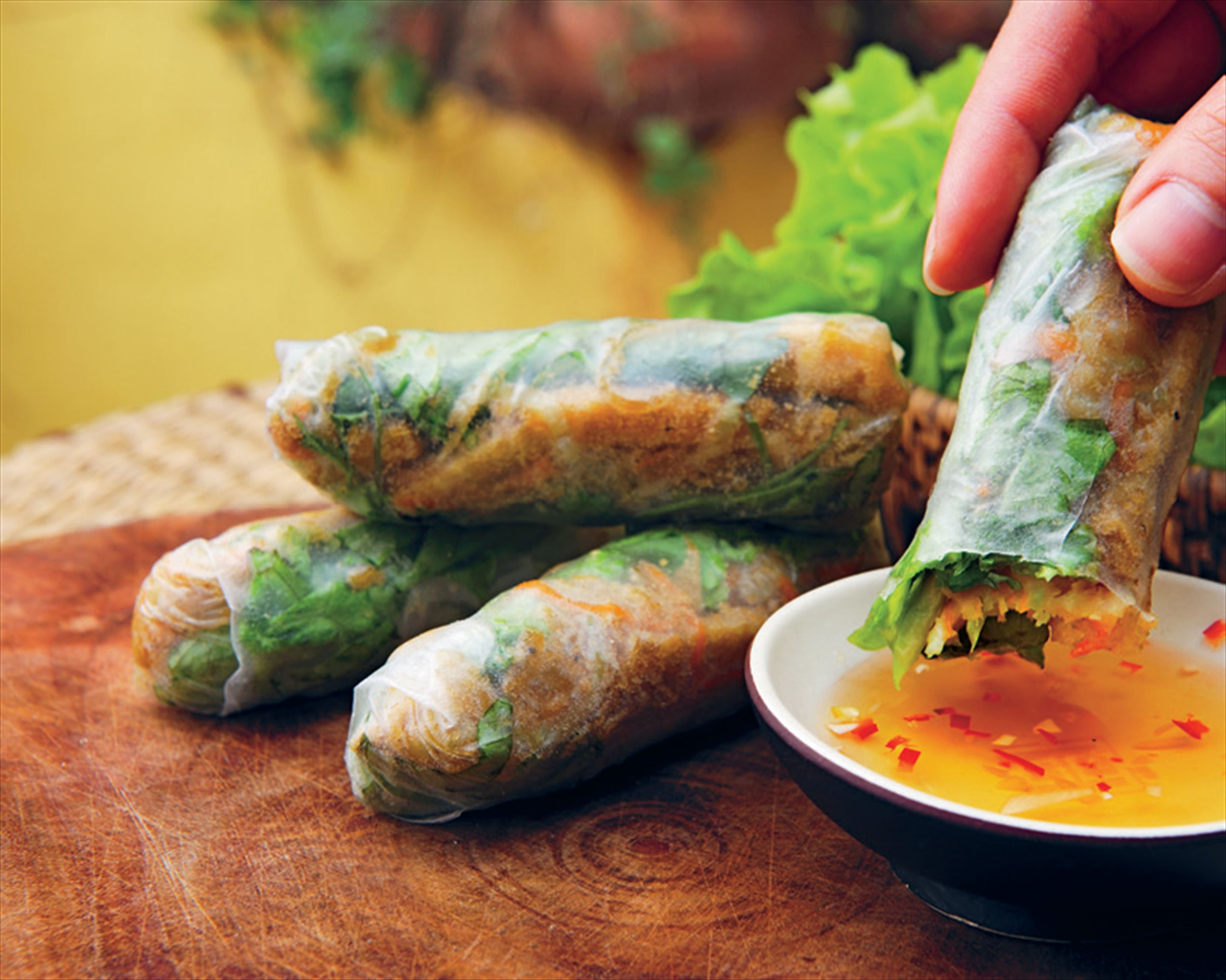 Tofu and roasted rice spring rolls