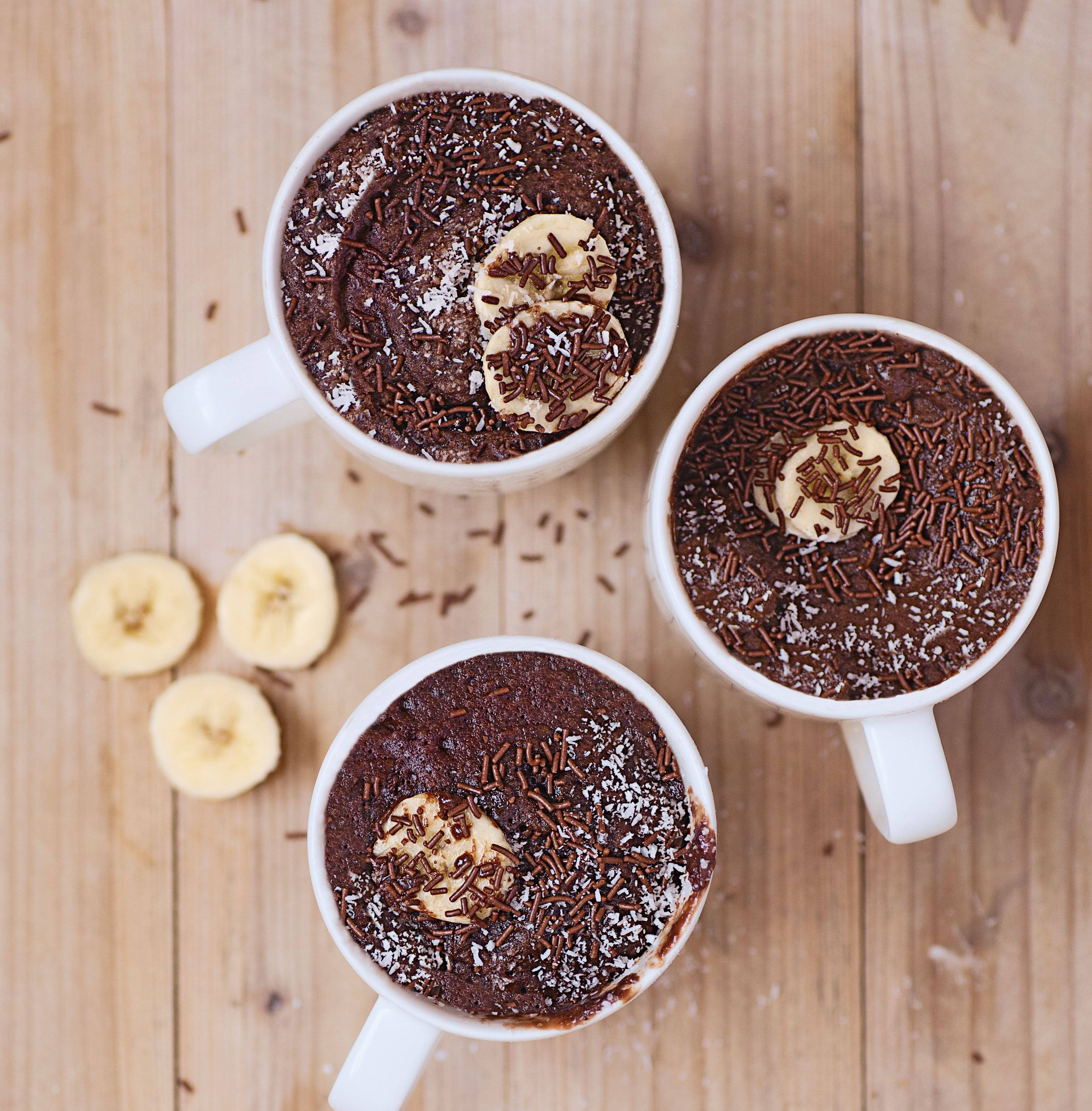 Banana & chocolate mug cake with coconut